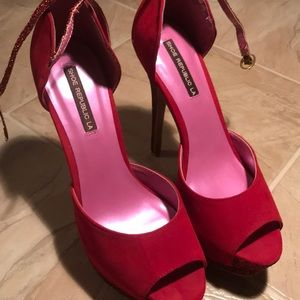 Red Shoe Republic Heels Size 8 Brand New